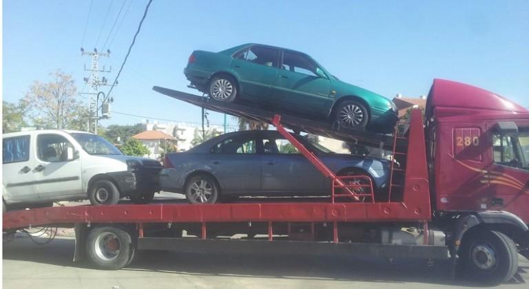 גרירת רכבים לפירוק במרכז