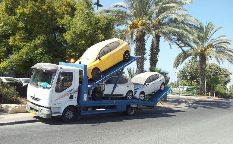 שירות קונה רכבים לפירוק Cartrasher